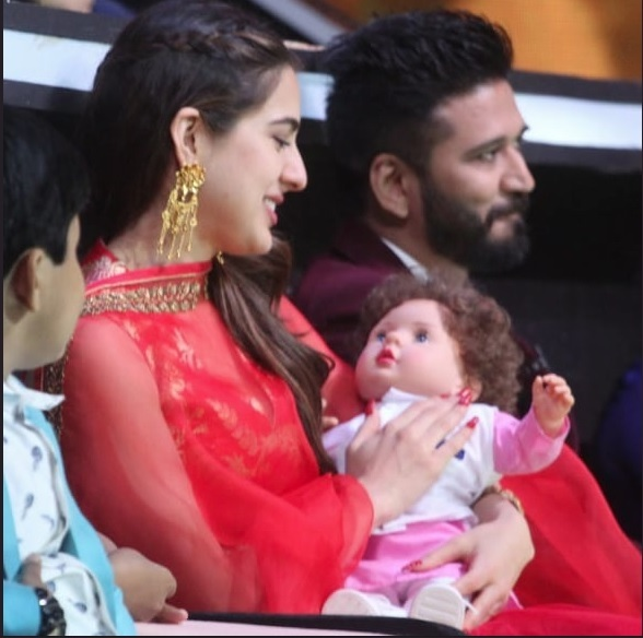 Sara Ali Khan with Taimur Ali Khan Doll