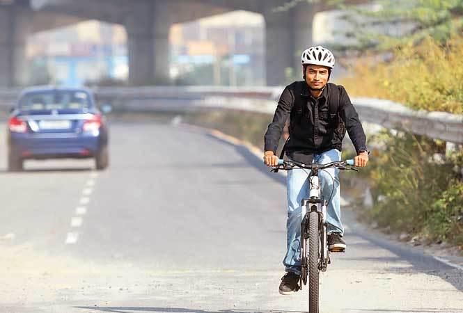 Noida--Cycling-RAN_3811