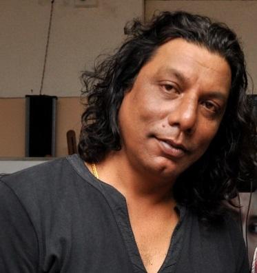 Arijit Dutta, Raja Sen