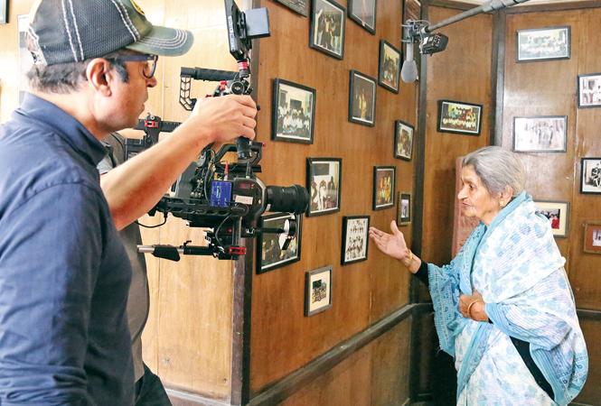 Sandeep Kumar and Farrukh Jaffar shooting for the film (BCCL/ Aditya Yadav)