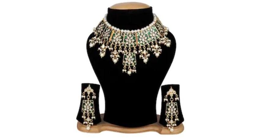 Traditional Rajsthani Green Kundan Meenkari Necklace With Earring