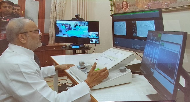 Screenshot from a video stream of Dr Tejas Patel performing the surgery remotely. Photo by Ancela Jamindar/BCCL