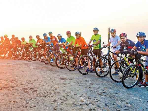 Mumbaikars Take Up Winter Cycle Trails Around The City Mumbai News