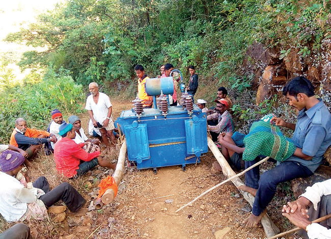 Trekking over 5 km with the massive cargo, the dehydrated villagers collapsed with the machine on top, sustaining sprains, bruises and more. They had struggled with zero power supply since November, and had a weak, small transformer before this