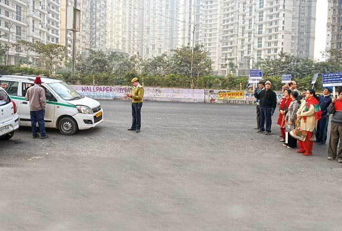 p1-Noida-Traffic-Manner-RAN_0528