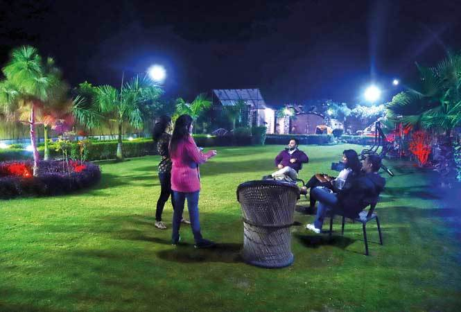 Where S The Party Tonight Noida S Farmhouses Turn Into Party Hotspots Noida News Times Of India