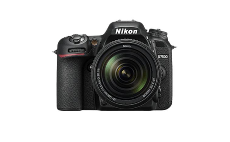 Nikon D7500 Kit for Paytm Cashback Rs 6,143