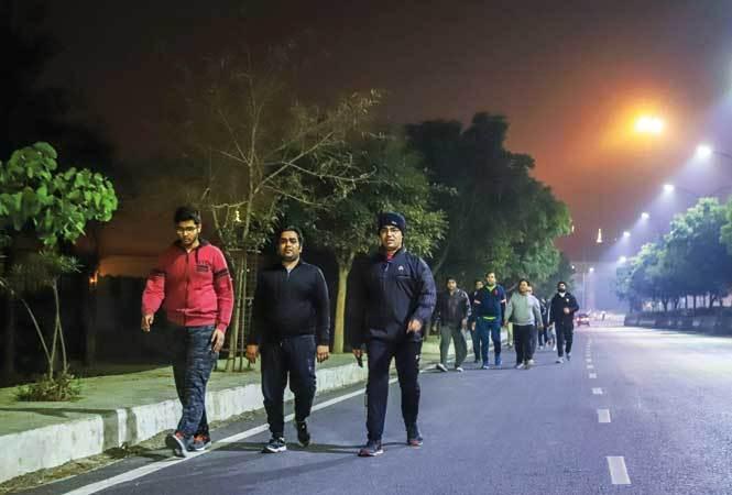 NT-P8-Noida-Night-walkers-Image21