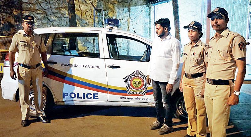 The accused, Kalim Khan (in white), runs KK Heavy Lifters in Sewri