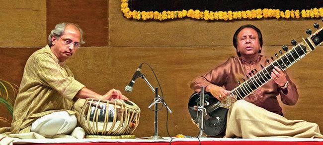 Ustad Shahid Parvez (R); Yogesh Samsi