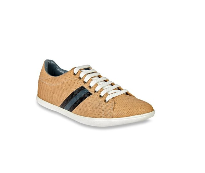 Up to 55% off on Franco Leone Sneakers