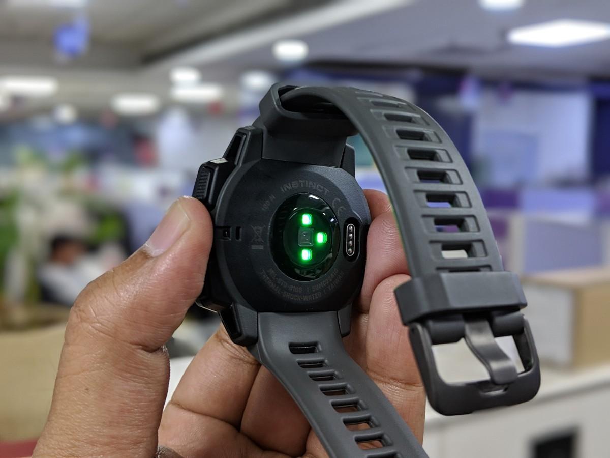 garmin instinct review: Garmin Instinct smartwatch review