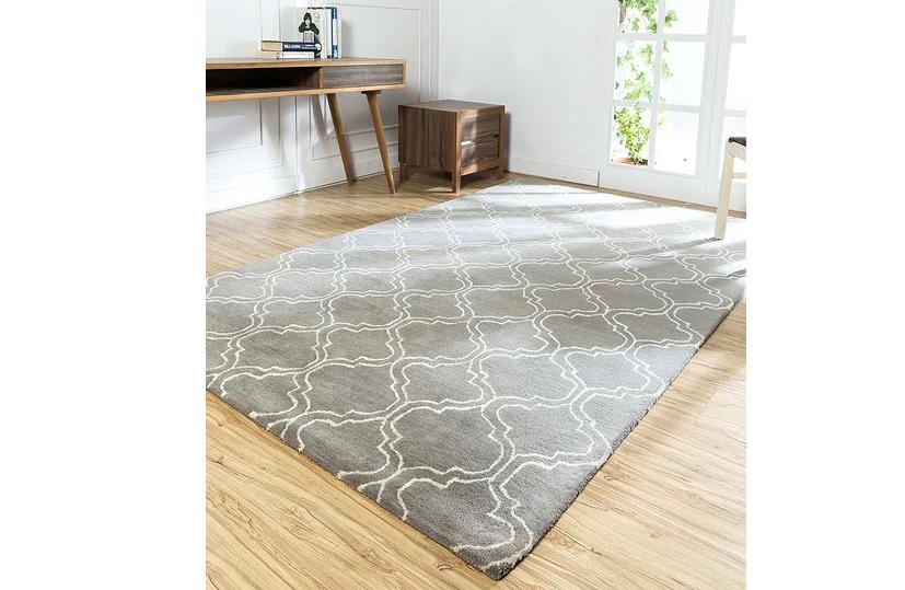 Geometric Carpet for the bedroom