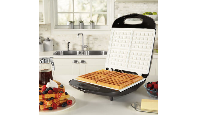 Oster DuraCeramic infusion series Belgian 4-slice waffle maker
