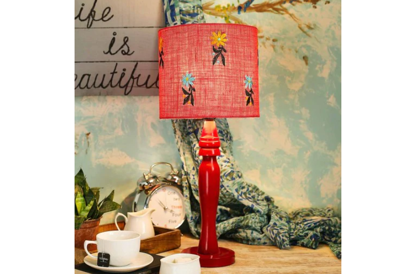 Jute floral lamp
