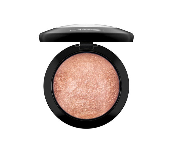 MAC Mineralize Skin Finish highlighter