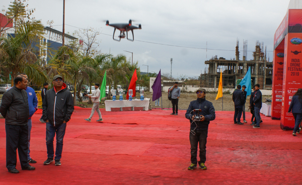 PRIMARY - Drones flying_taking part in various competitions (3)