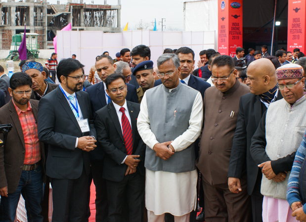 CM TS Rawat along with other dignitaries present at the fest