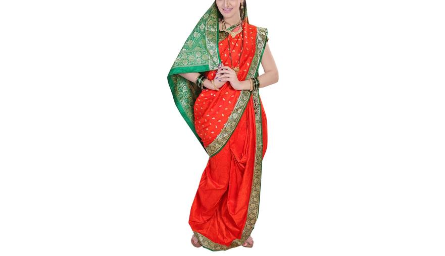 Red nauvari Saree with zari border