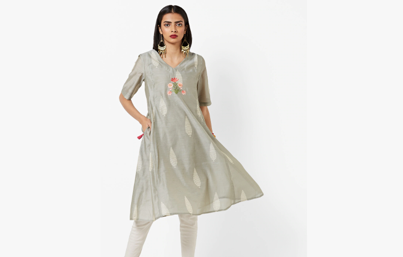 Light grey kurta with embroidery