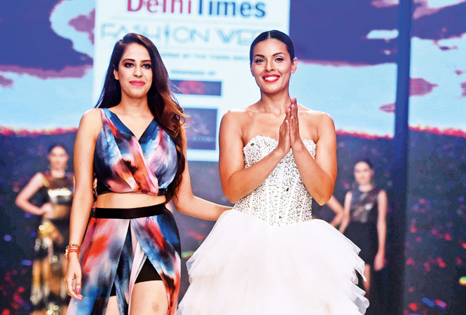 Sakshi-Bindra-RAN_8669-Saakshi-Bindra-with-Deepti-Gujral