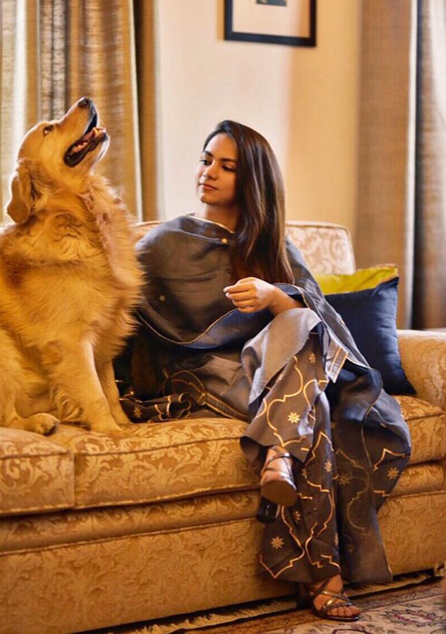 Apurvi-with-her-dog