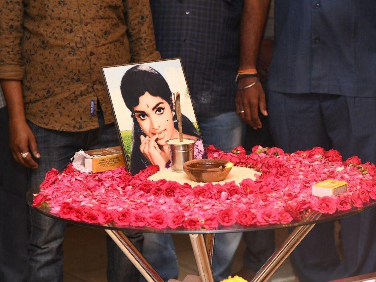 Tollywood actress-director Vijaya Nirmala passes away