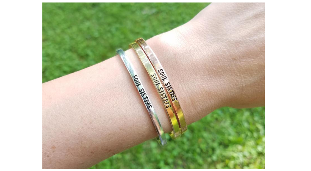 2626c95811573 Friendship's Day 2019: Gift these wonderful bracelets to your gal ...
