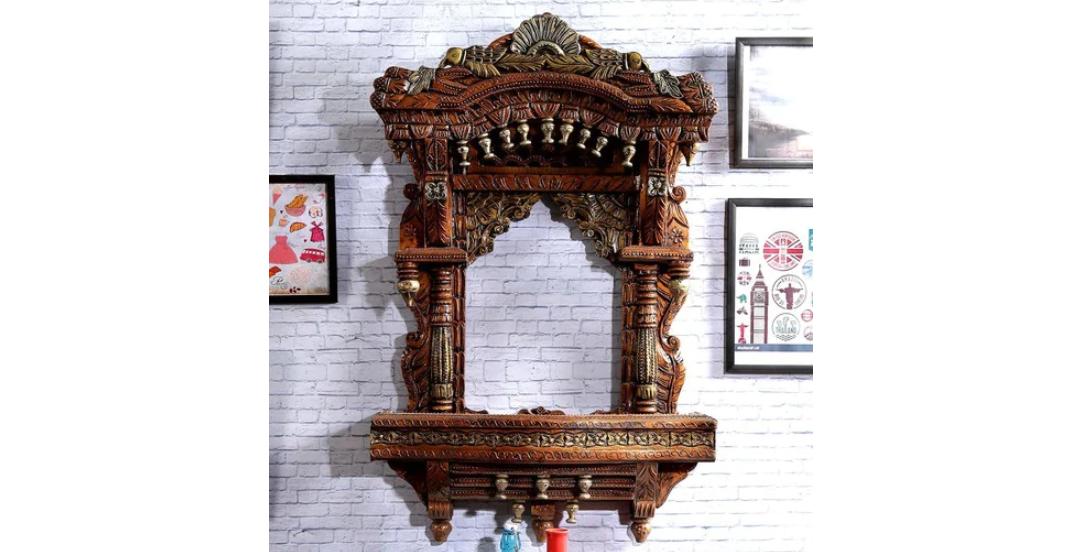Carved wood Jharoka