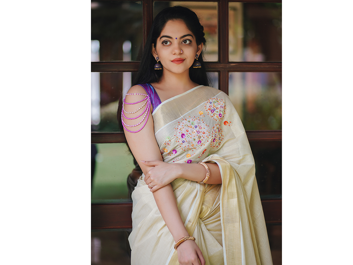 Onam Festival 2019 Dark Shades And Ruffle Hems Rule This Year S Onam Fashion Kochi News Times Of India
