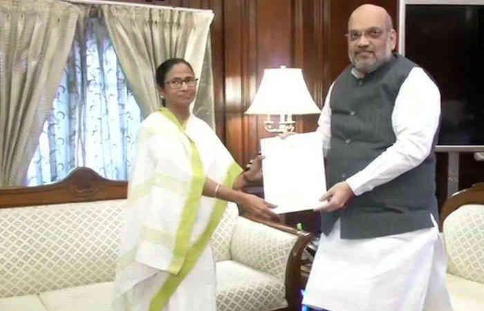 Mamata with Shah.