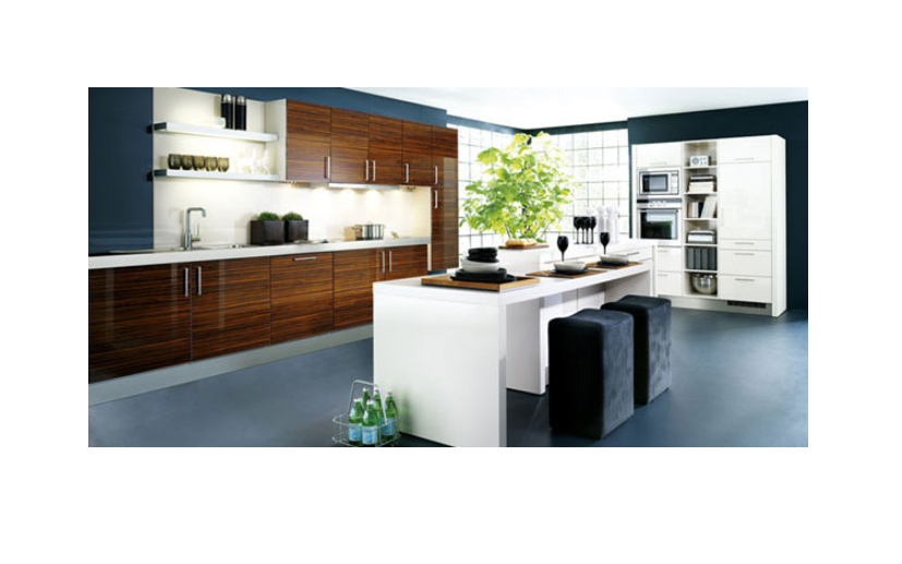 Kitchen island as a central place for eating and lounging
