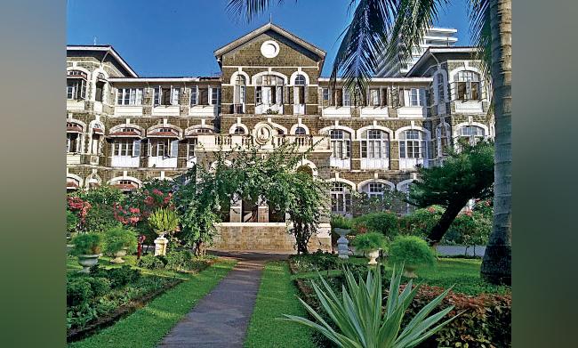 The Bomanji Dinshaw Petit Parsi General Hospital was established in 1912