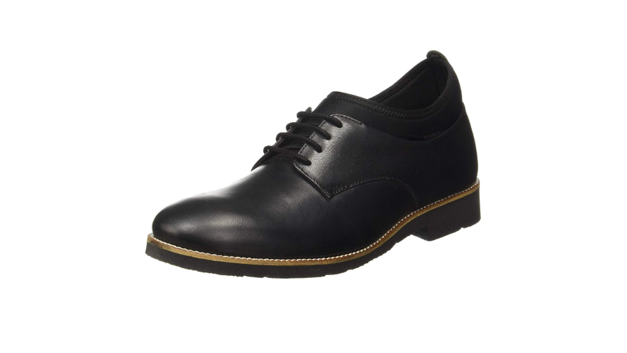 Sturdy-Soled Shoes for carefree commute