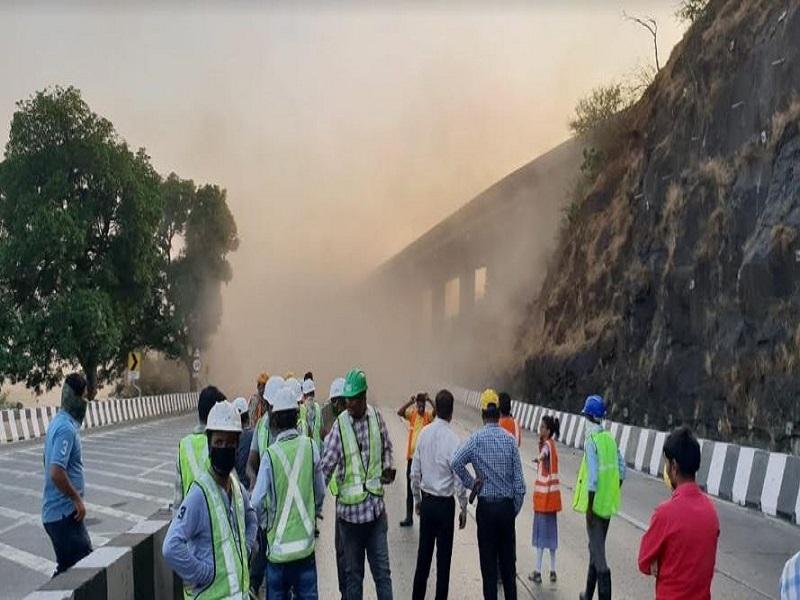 demolish bridge3