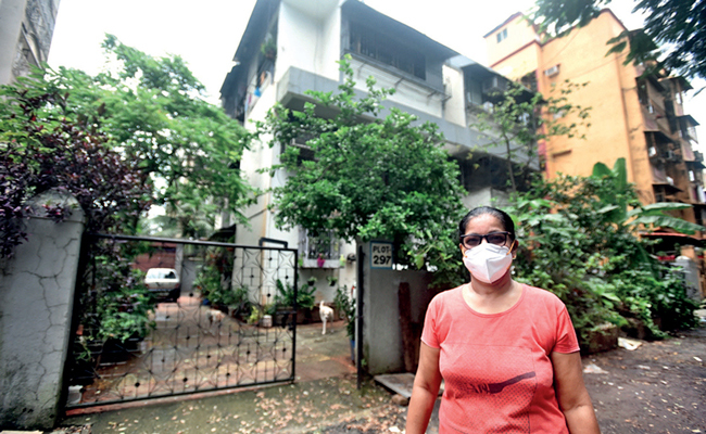 Daisy D'Souza is not allowed to tutor students at her Andheri home even though visitors are allowed in the building; PIC: NILESH WAIRKAR