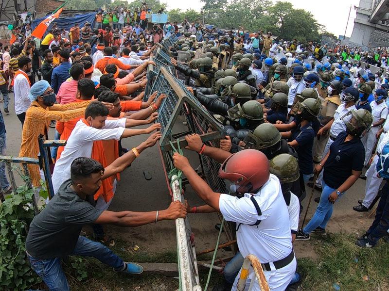 BJP activists brave police-TMC combine: 4 flashpoints in Kolkata, Howrah [internal image 5]