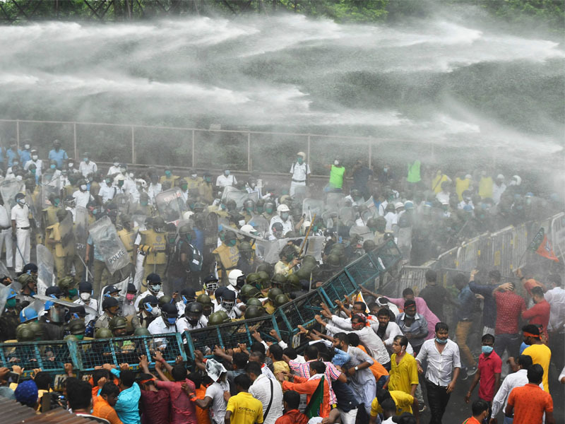 BJP activists brave police-TMC combine: 4 flashpoints in Kolkata, Howrah [internal image 6]