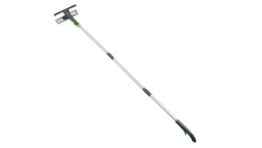 Extendable Squeegee with Spray