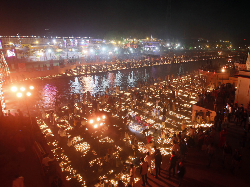 5. Ayodhya dazzles; Yogi leads with prayers