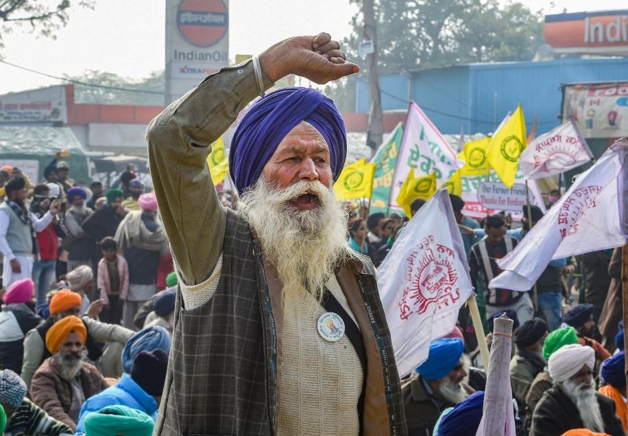 Farmers protest at Singh border PTI 635