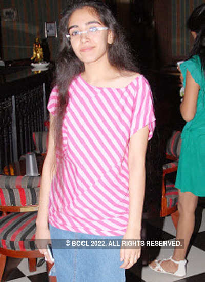 Palak Purswani's b'day party