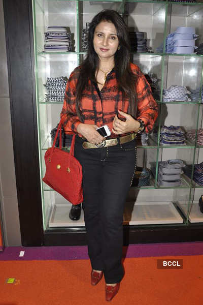 Celebs at 'Etro' store launch