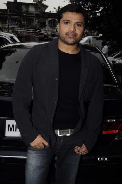 Himesh shoots music video for 'Damadam'