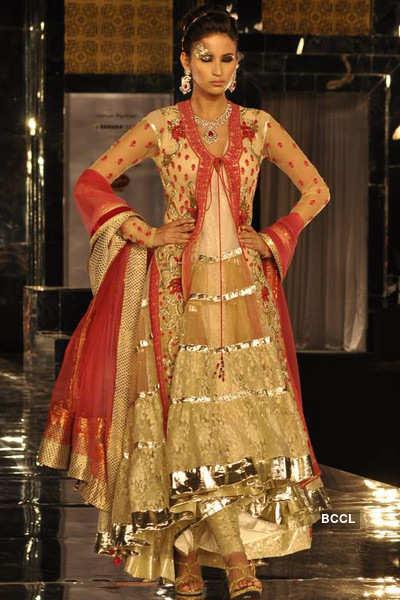 Aamby Valley India Bridal Week: Shane & Falguni Peacock