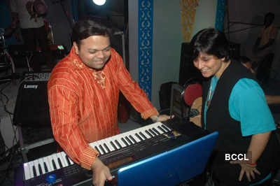 Falguni Pathak at a concert
