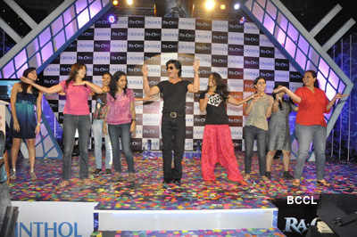 SRK unveils 'Ra-One' deo