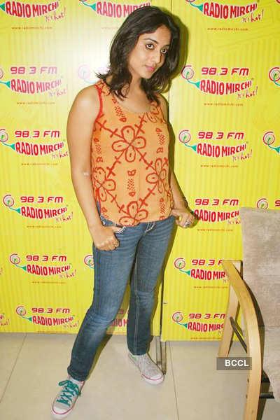 'Sahib Biwi....' cast on radio