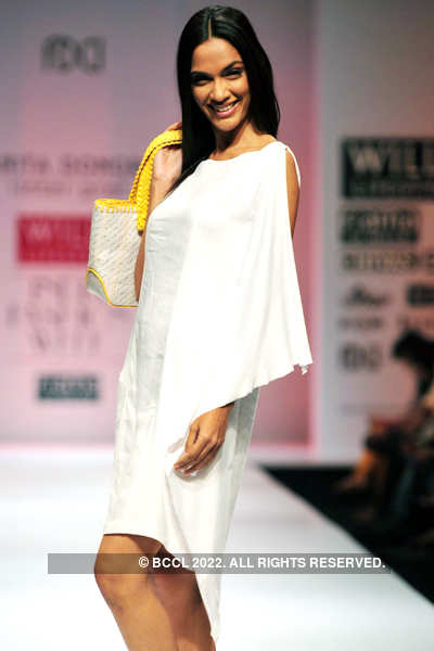 WIFW'11: Day 4: Anita Dongre