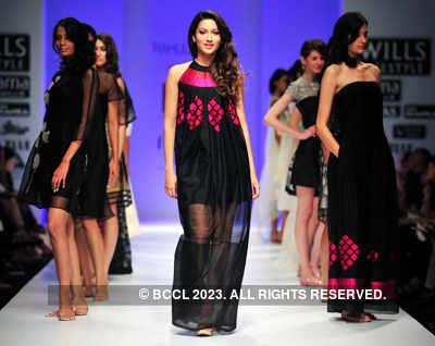 WIFW'11: Day 4: Rahul Mishra